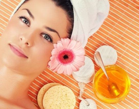 Honey Facial - Why is Honey So Good For Your Skin