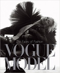 makeup-artist-books-vogue-model