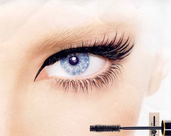 Can Mascara Cause Cataracts?